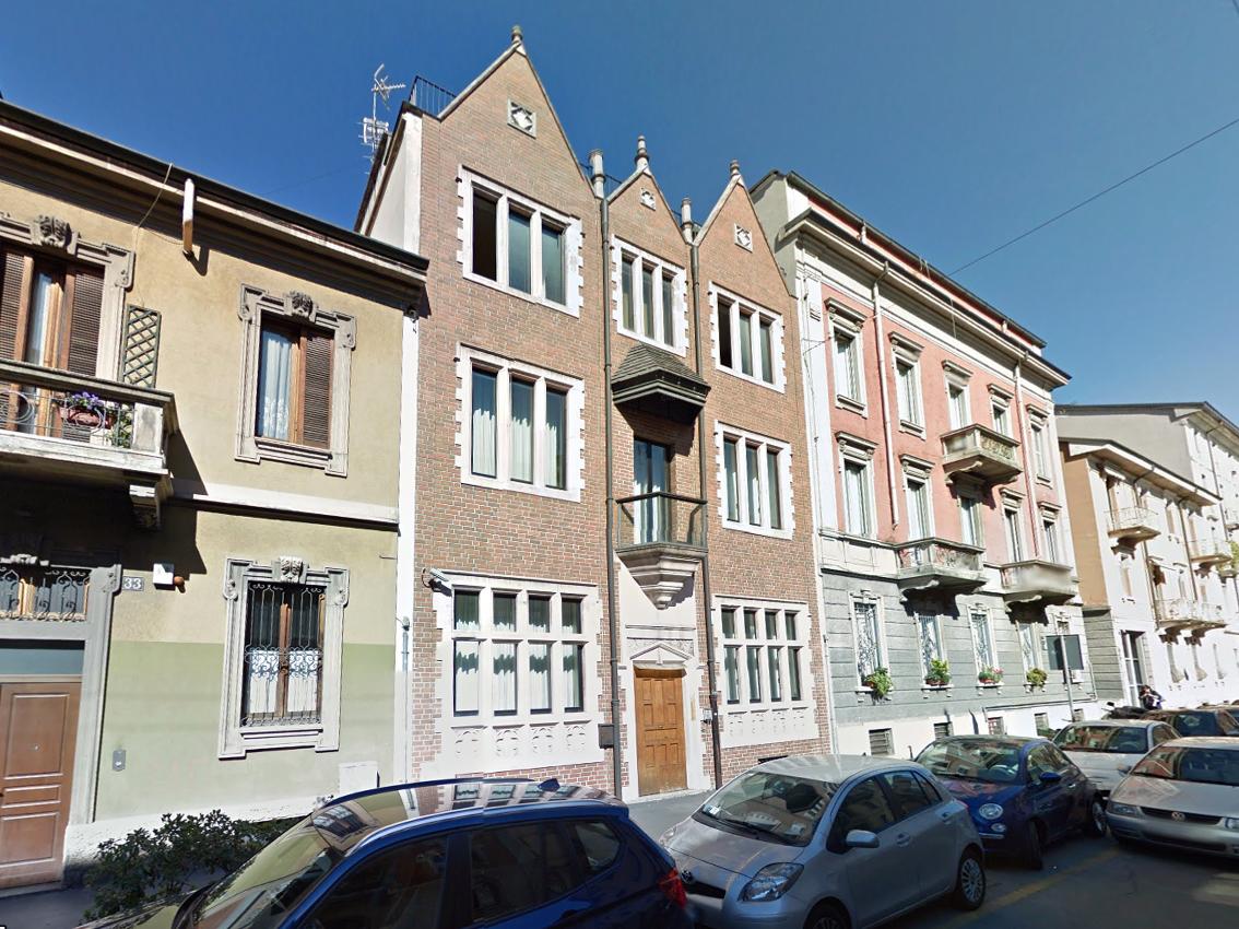 Milano risorgimento la casa 770 di via poerio for La casa rosa milano