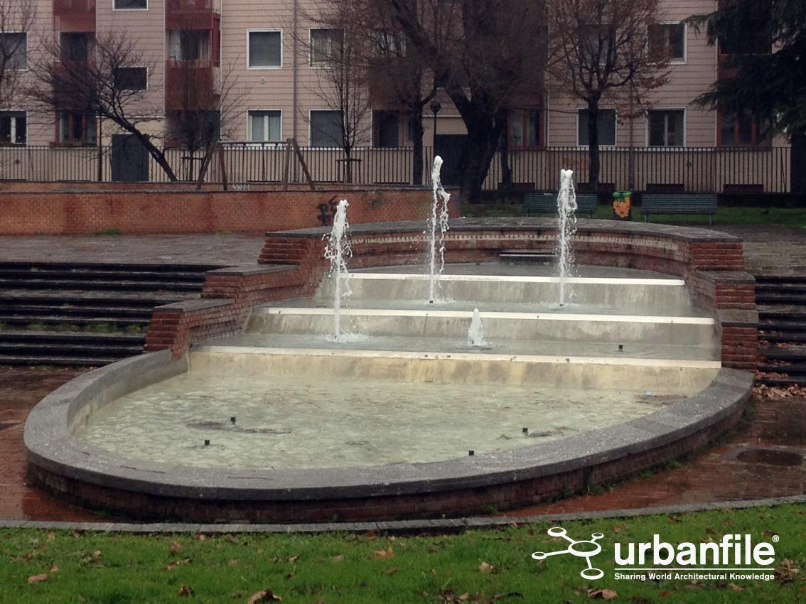 Milano lorenteggio la fontana al giambellino for Fontana arredamenti milano via tibaldi