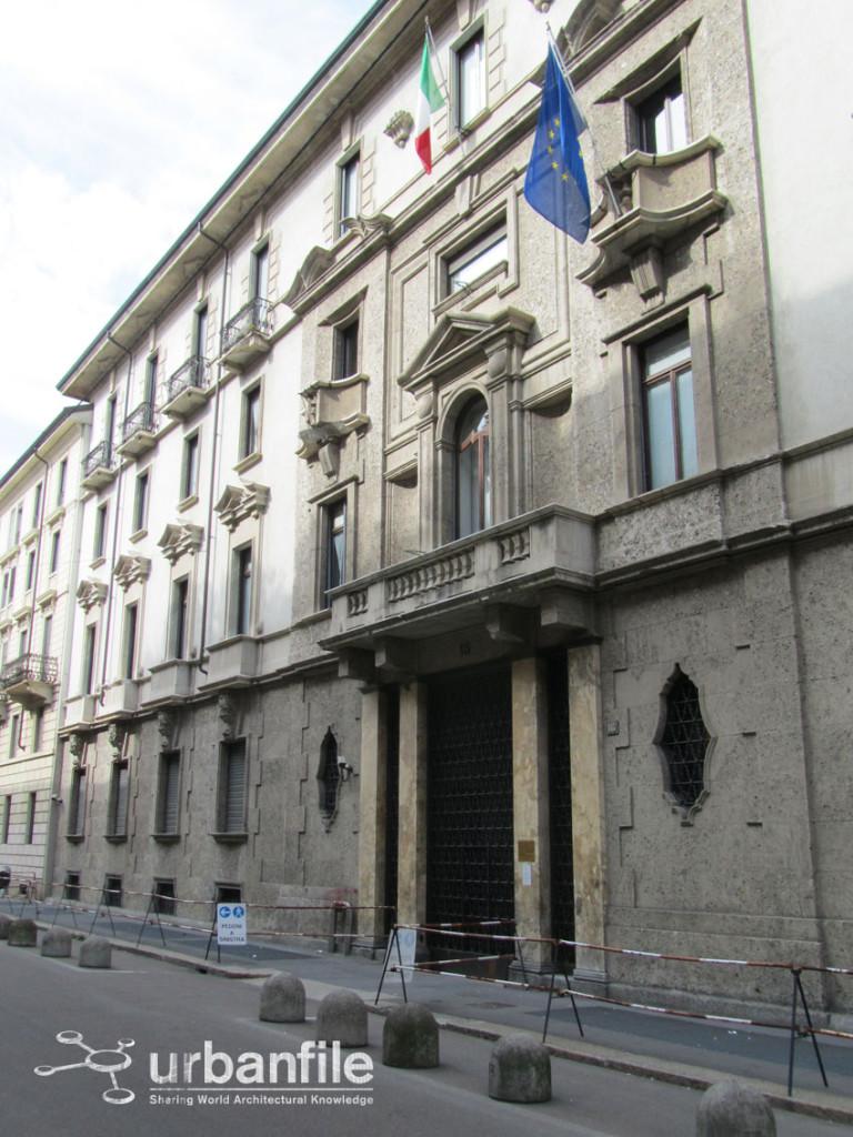 2013-04-23 Quartiere Magenta 8