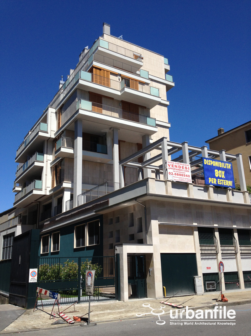 Milano abbadesse la casa a palafitta urbanfile blog for Moderni piani di palafitte