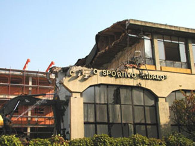 Edificio precedente