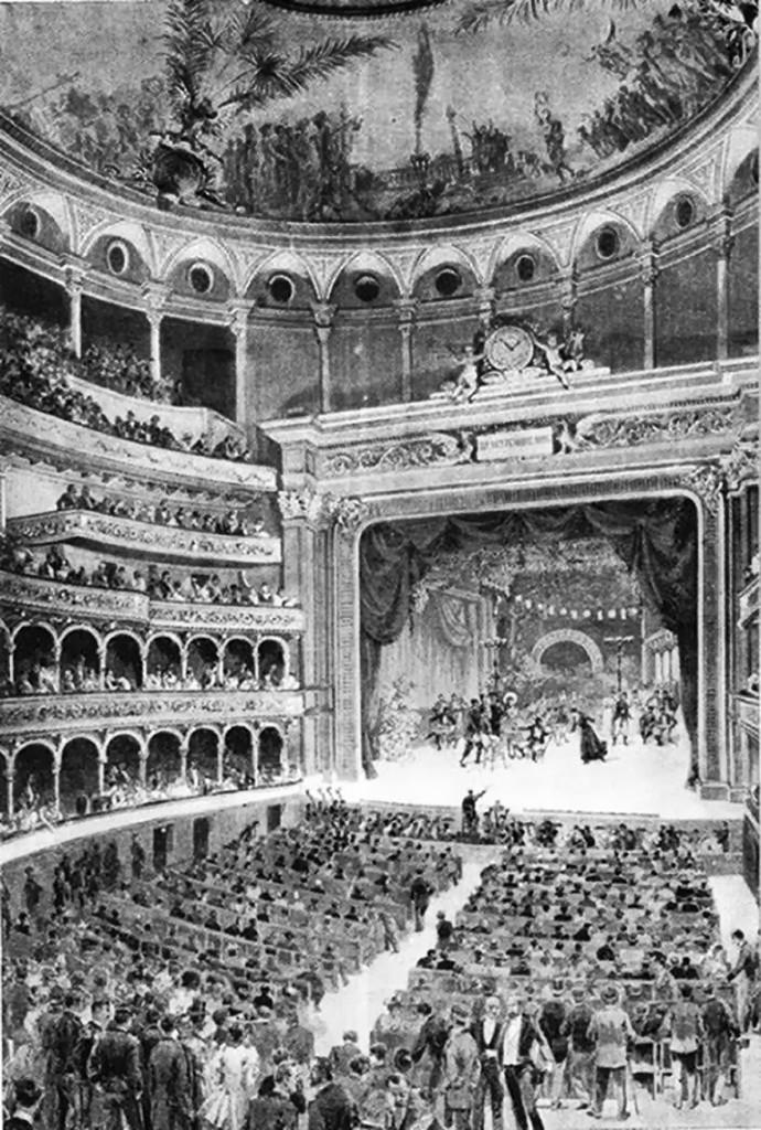 1894, inaugurazione del Teatro, risorto come Lirico