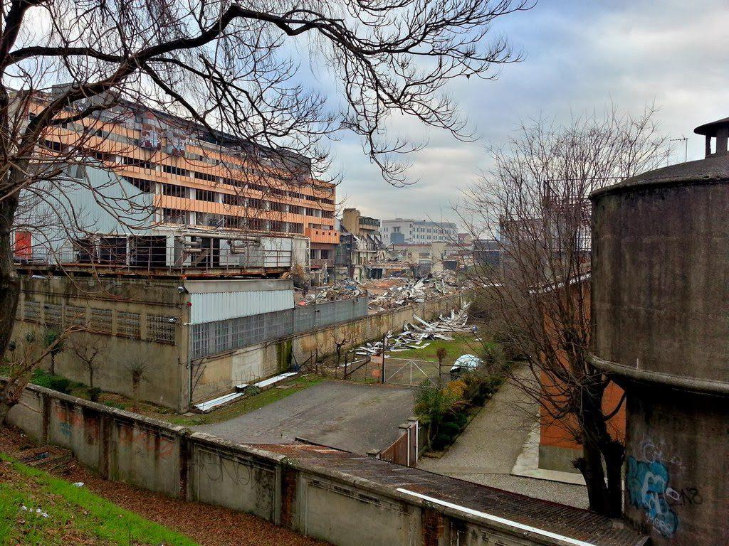 2014-01-11-demolizioni-poste-lugano-2