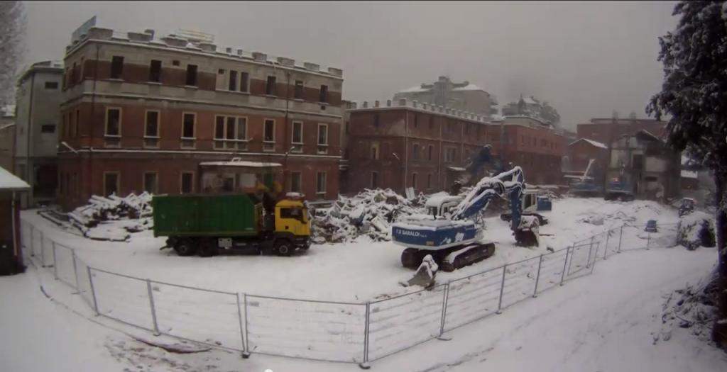 Demolizione Policlinico Milano 3