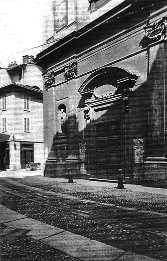 La facciata della chiesa di San Pietro in Caminadella