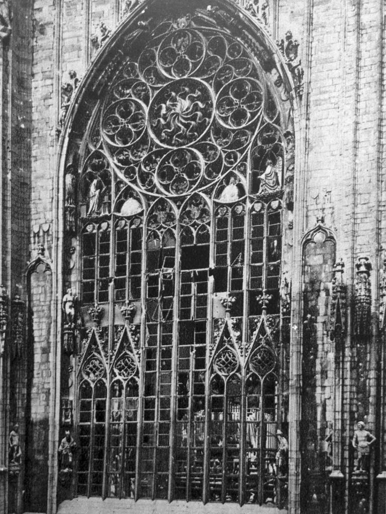 Duomo di Milano Bombardato 6