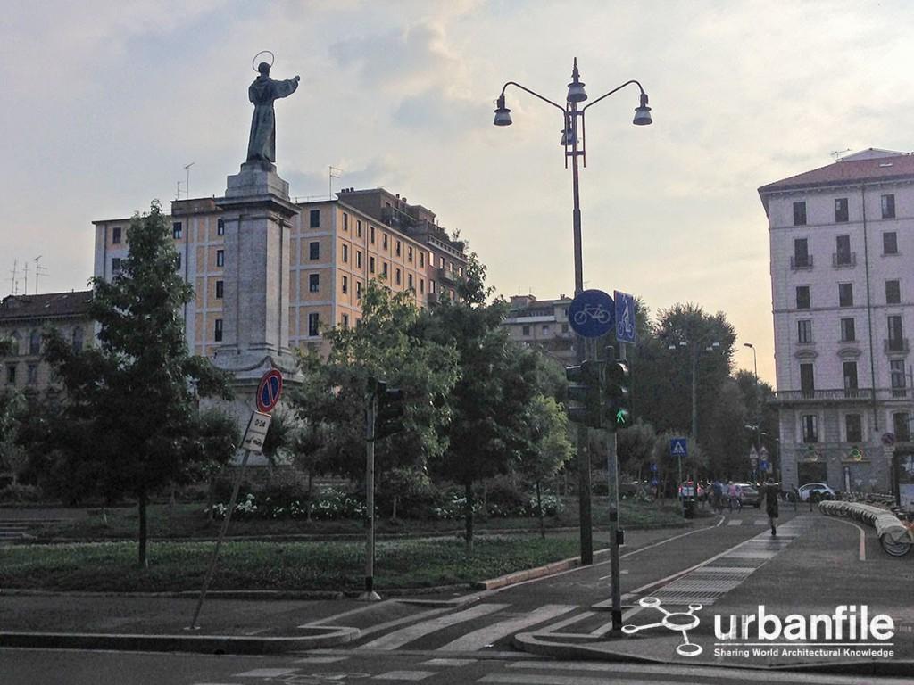 Lampione Piazza Risorgimento