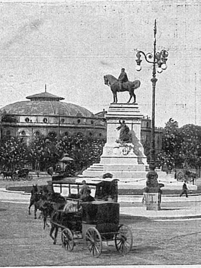 Old_Piazza Cairoli nei primi del '900