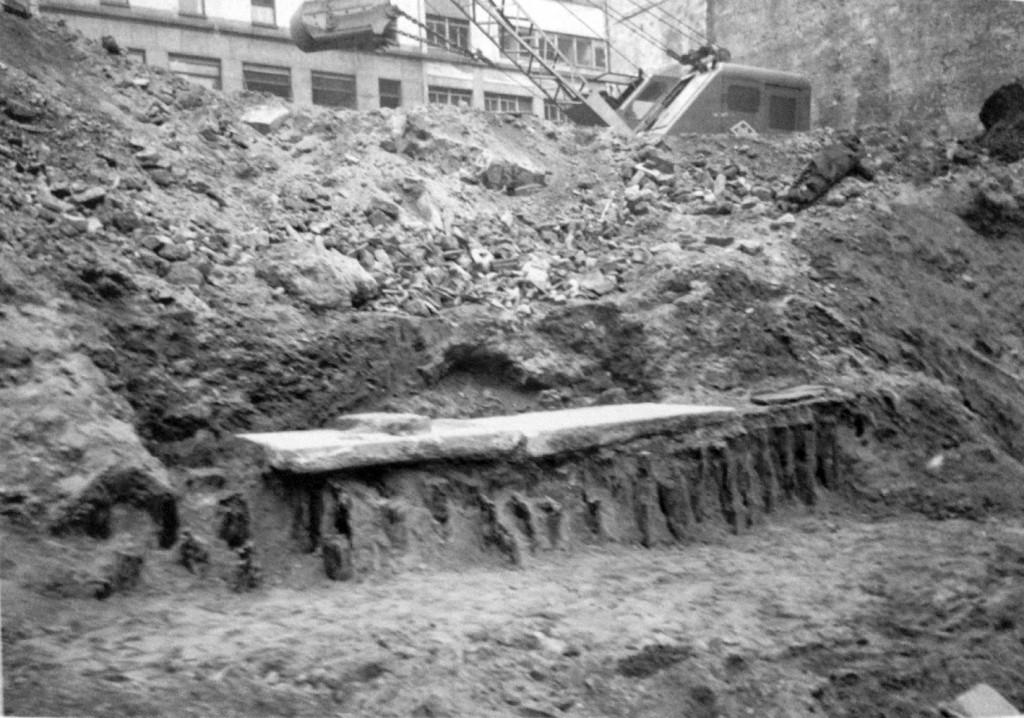 Mediolanum Banchina su palificazioni porto di mediolanum 1960 via Baracchini B