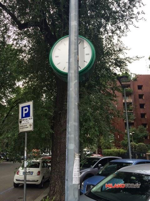 Via Tiziano Orologio