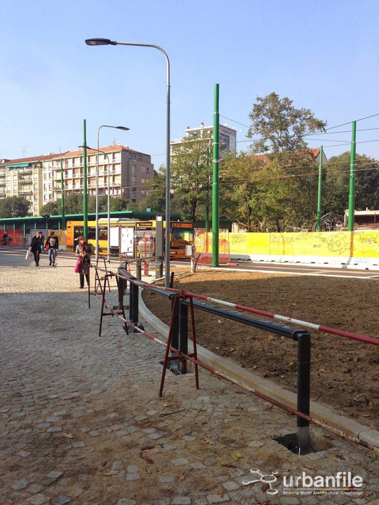 2014-10-28 Porta Ticinese Lampioni 2