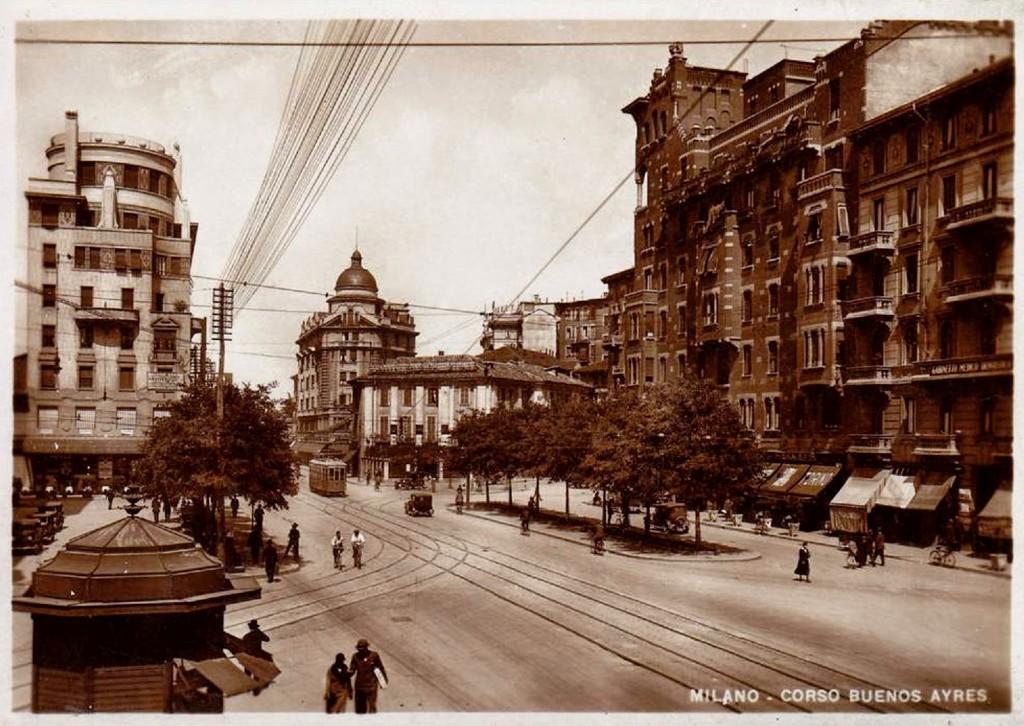 Piazza Argentina 1930