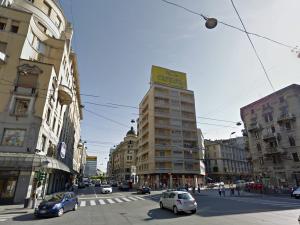 15-13 Piazza Argentina Angolo Via Caretta 1