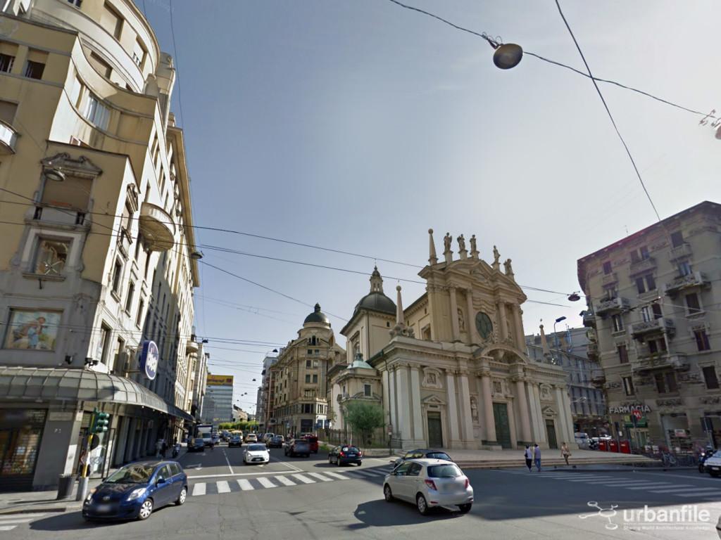 15-13 Piazza Argentina Angolo Via Caretta Loreto