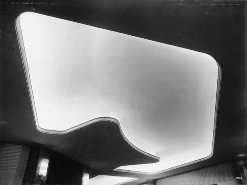 Largo Cairoli Teatro Olimpia (1942 - 1944) Il soffitto della galleria dei passi perduti