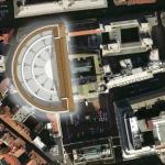 Piazza Affari e teatro romano