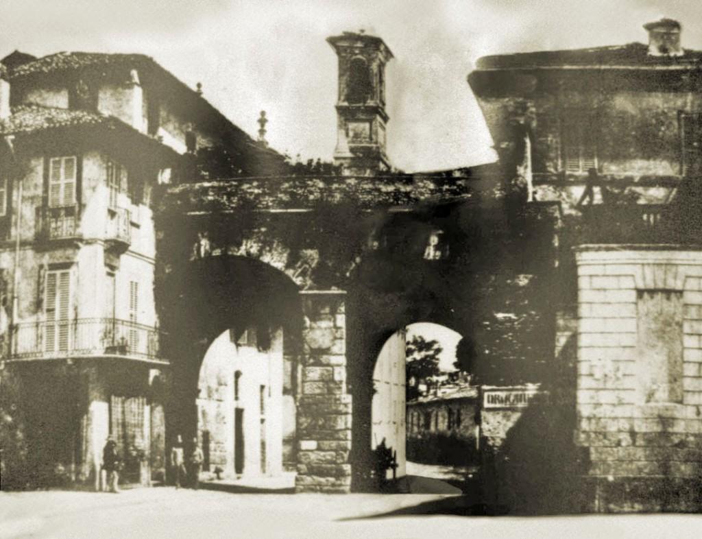 Via Manzoni e Archi di Porta Nuova 1850 circa