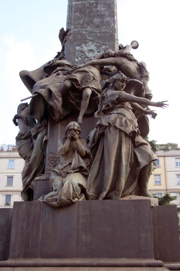 6-monumento-alle-cinque-giornate-1