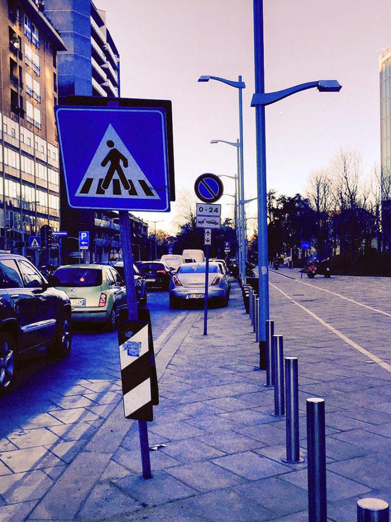 palazzo-lombardia-cartelli-3