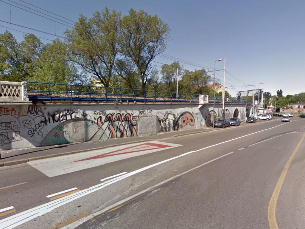 2014-05-16_Muro_Ferroviario_4B