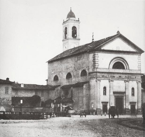 Piazza Wagner, l'originaria chiesetta di San Pietro in Sala negli anni '10 WS