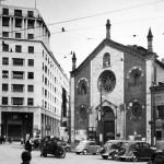 12_Piazza Missori e San Giovanni in Conca nel 1946