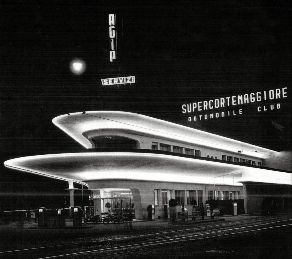 Viale Espinasse, Benzinaio AGIP negli anni Cinquanta