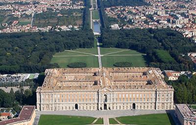 14571-Veduta_aerea_della_Reggia_da_sostituire