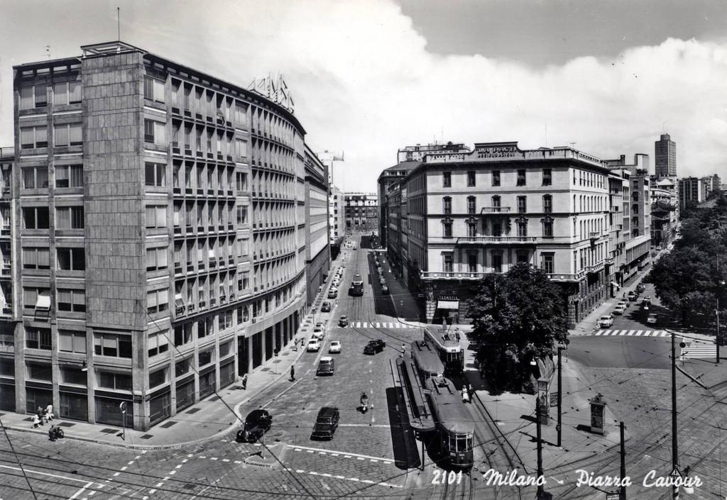 Piazza Cavour sul finire degli anni 50