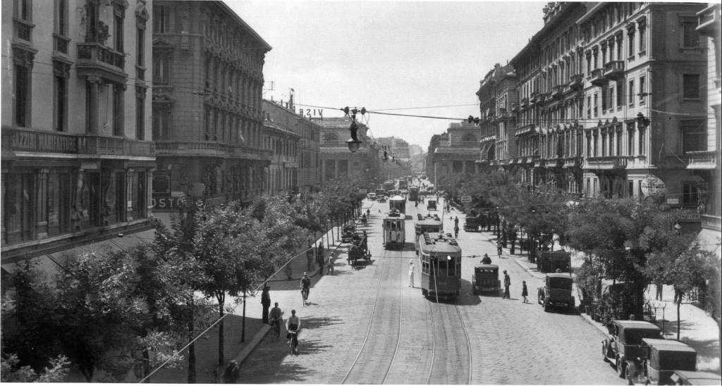3 Corso Buenos Aires dal ponte della Ferrovia 1929-30