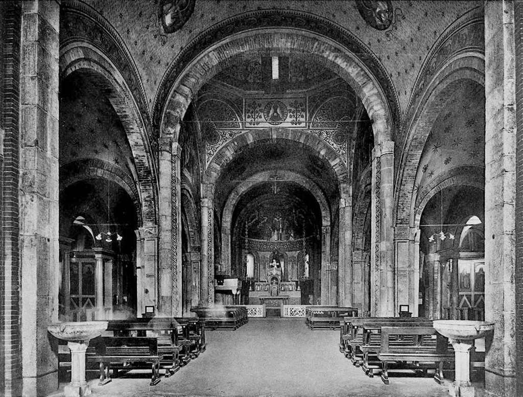 Chiesa_San_Babila_1900_Interno