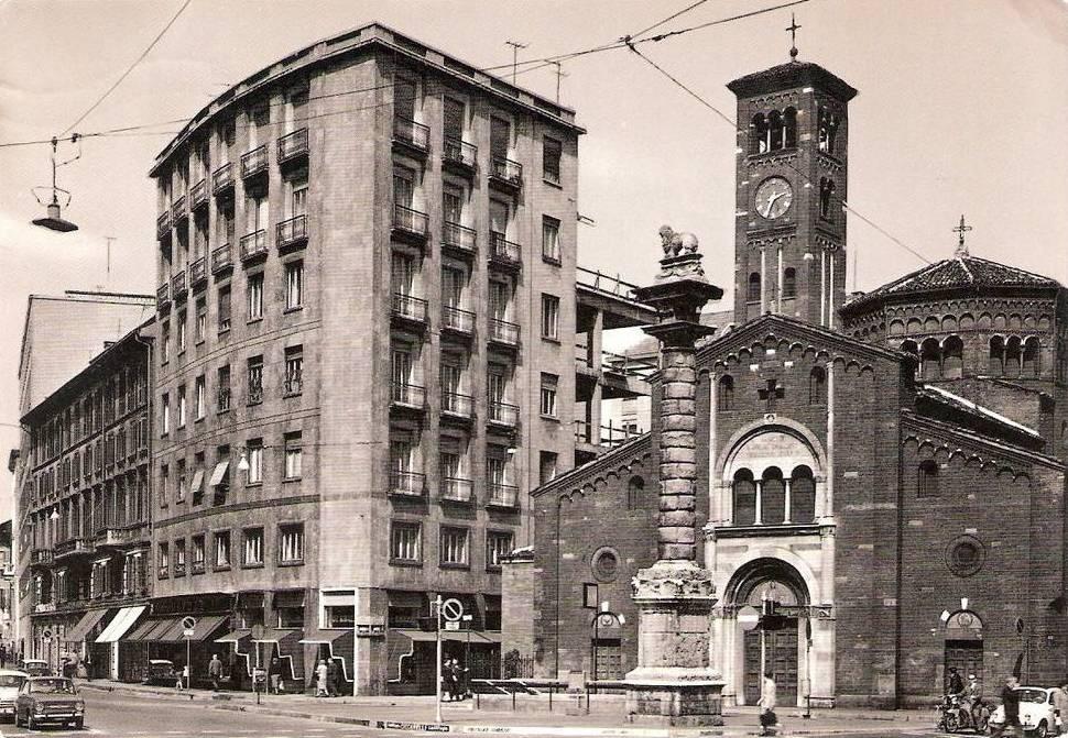 Chiesa_San_Babila_1960
