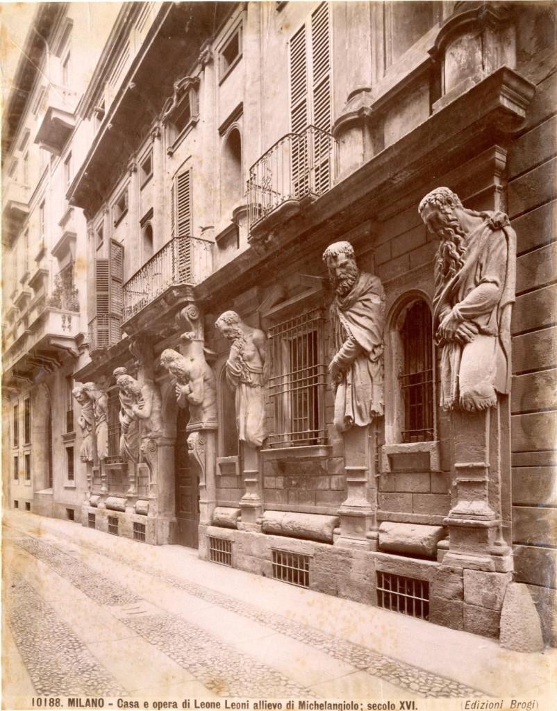 Lampioni_Arredo_Urbano_Casa degli Omenoni 1880-85