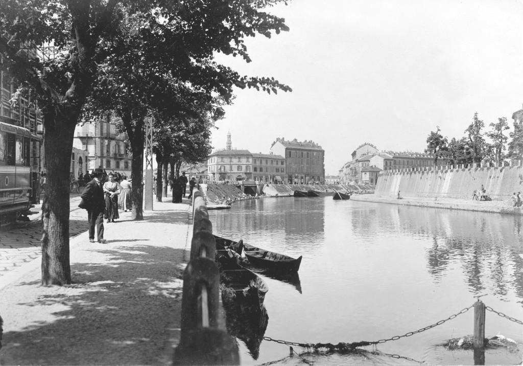 Lampioni_Arredo_Urbano_Darsena negli anni 1910-1915