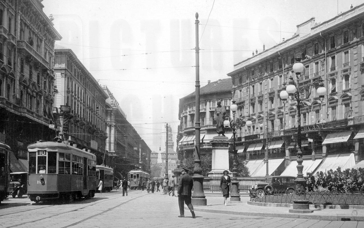 Lampioni Per Arredo Urbano.Milano Opinioni A Milano Sono Poche Le Idee Per L Arredo Urbano