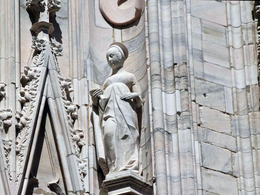Duomo_Milano_Statua_Santa_Lucia