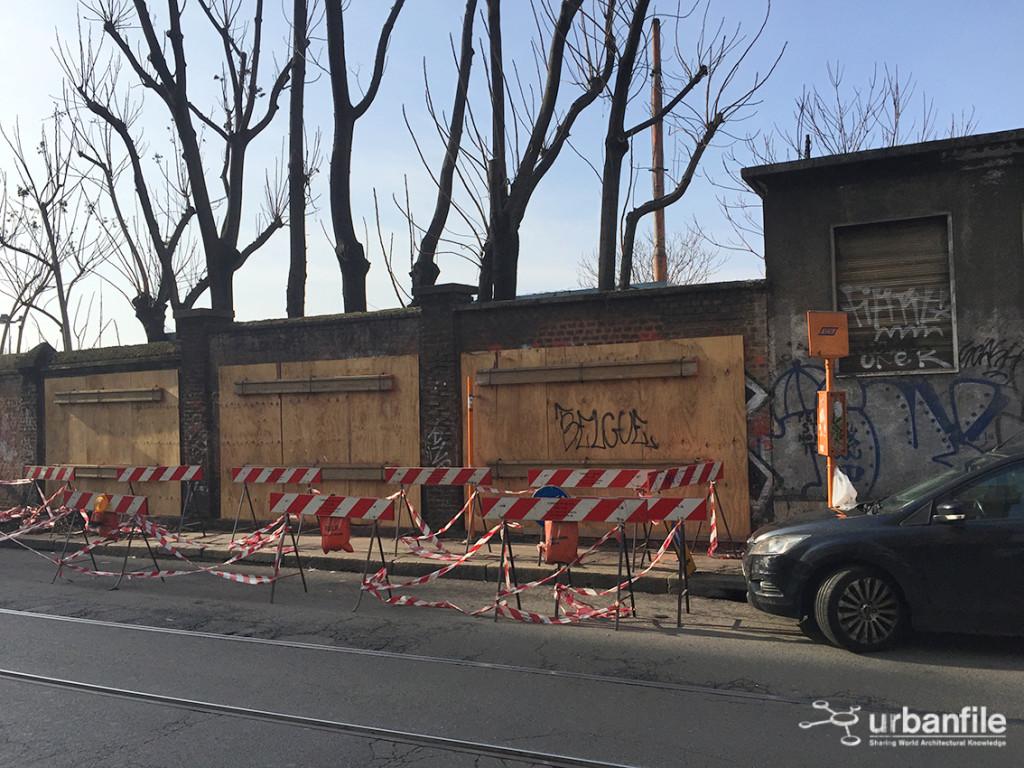 Milano porta genova un muro da conservare urbanfile - Carabinieri porta genova milano ...