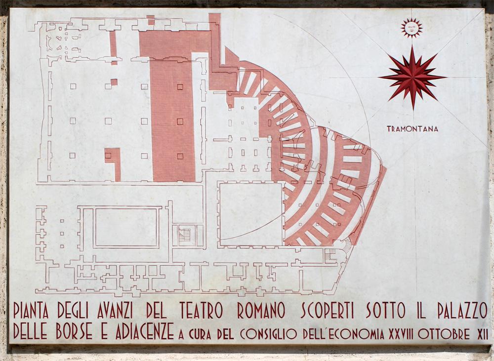 Lapide_del_teatro_romano_a_Palazzo_Mezzanotte