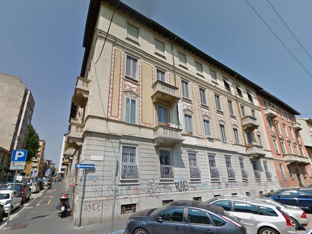 Palazzo_Via_Archimede_0
