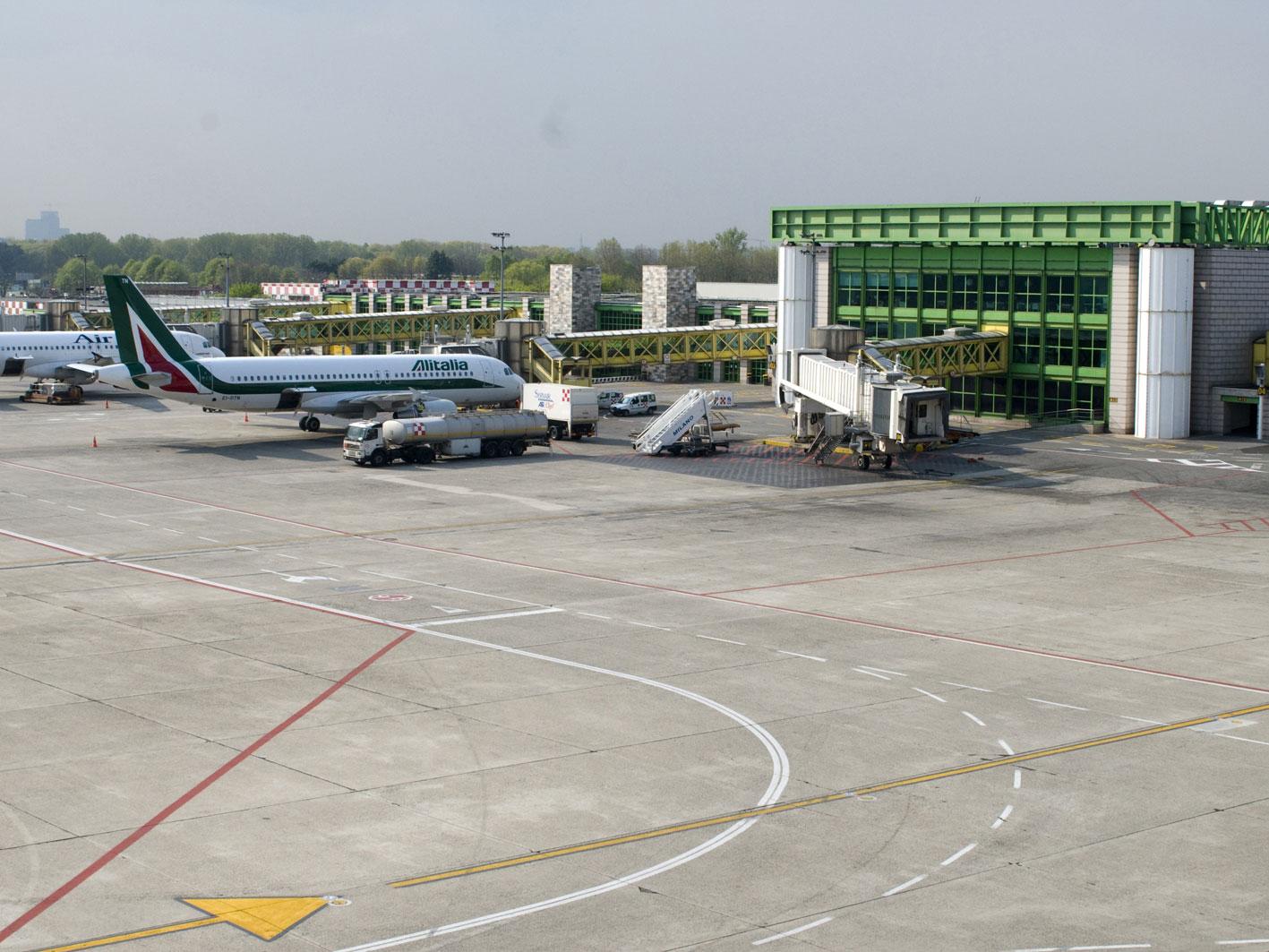 Aeroporto Milano Malpensa : Milano linate la meraviglia del primo aeroporto