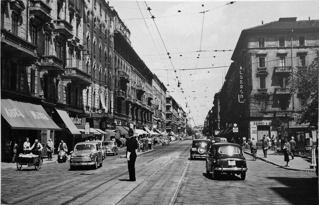 Corso Buenos Aires in Piazza Lima 1950