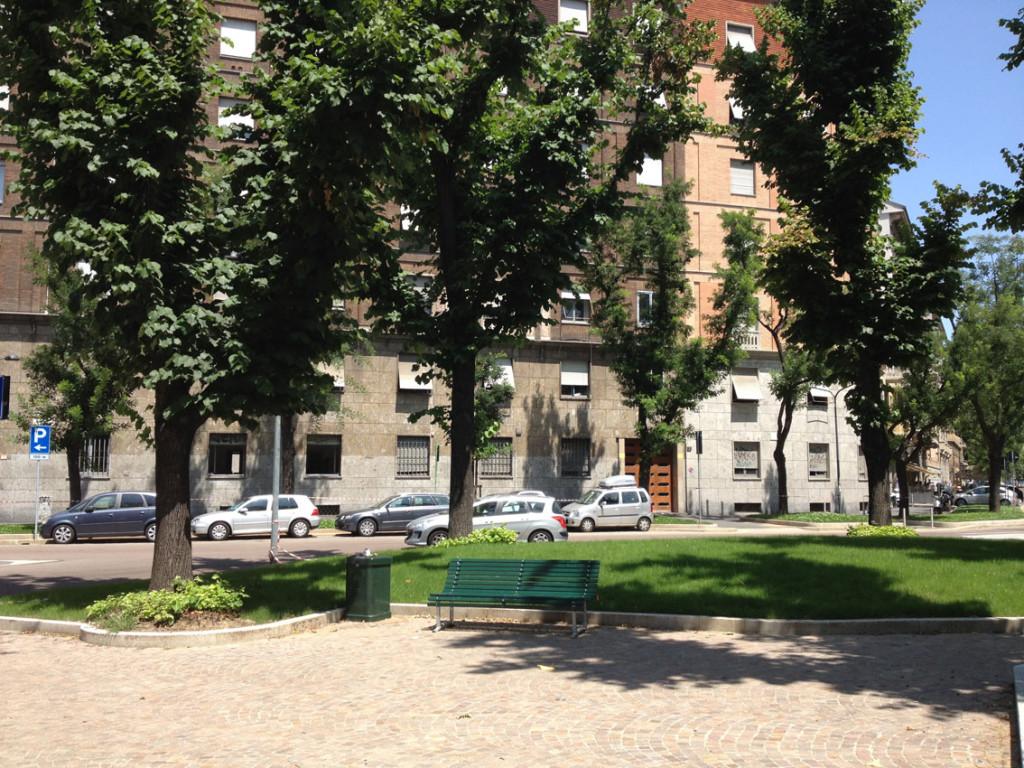 2012-07-16_Piazza_Rosario_4