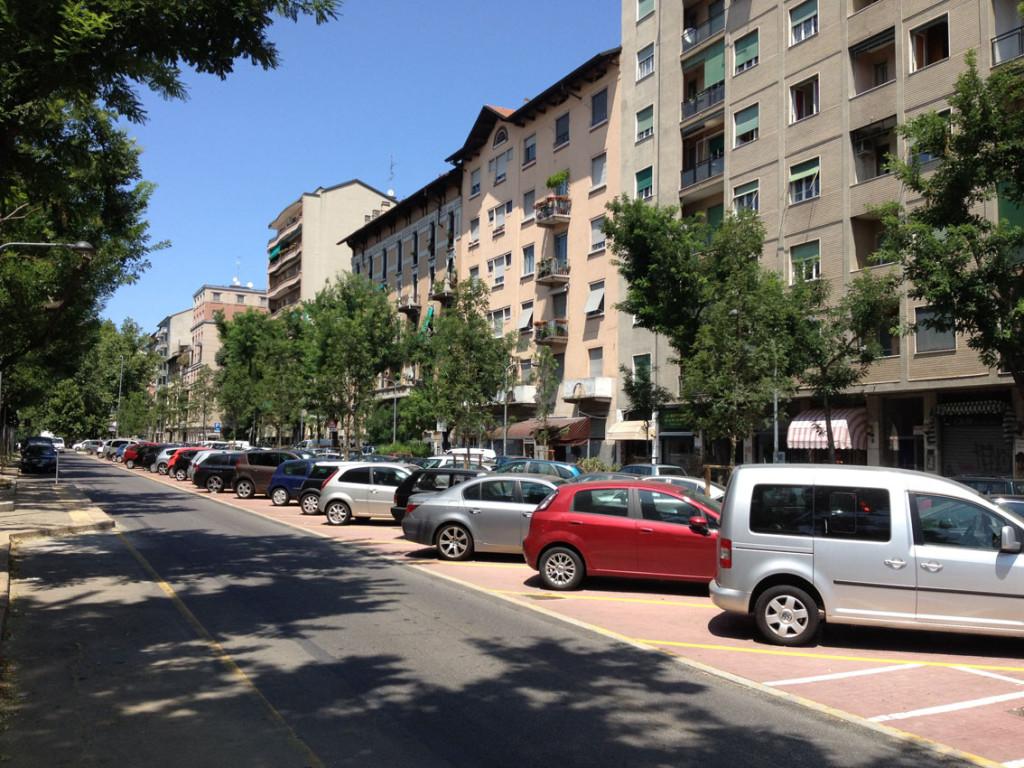 2012-07-16_Piazza_Rosario_Bergognone_1