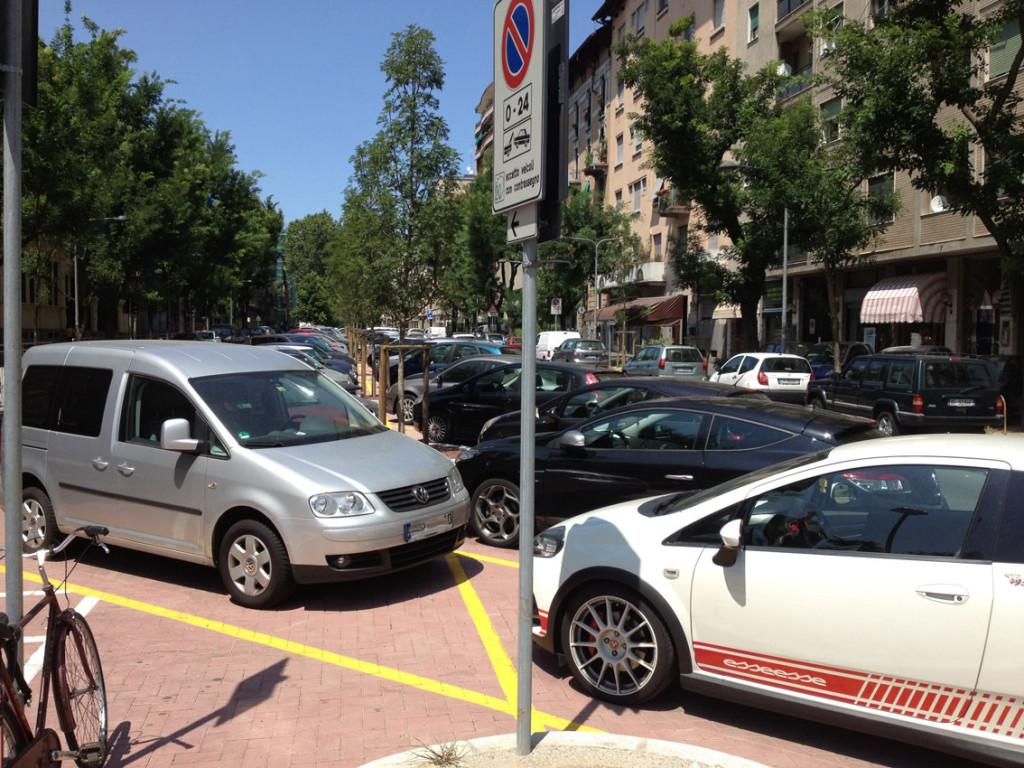 2012-07-16_Piazza_Rosario_Bergognone_2