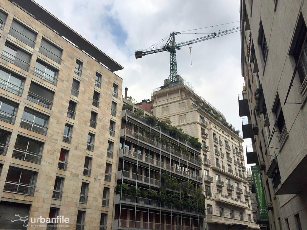 2016-06-11_Palazzo_Parigi_Gru_2