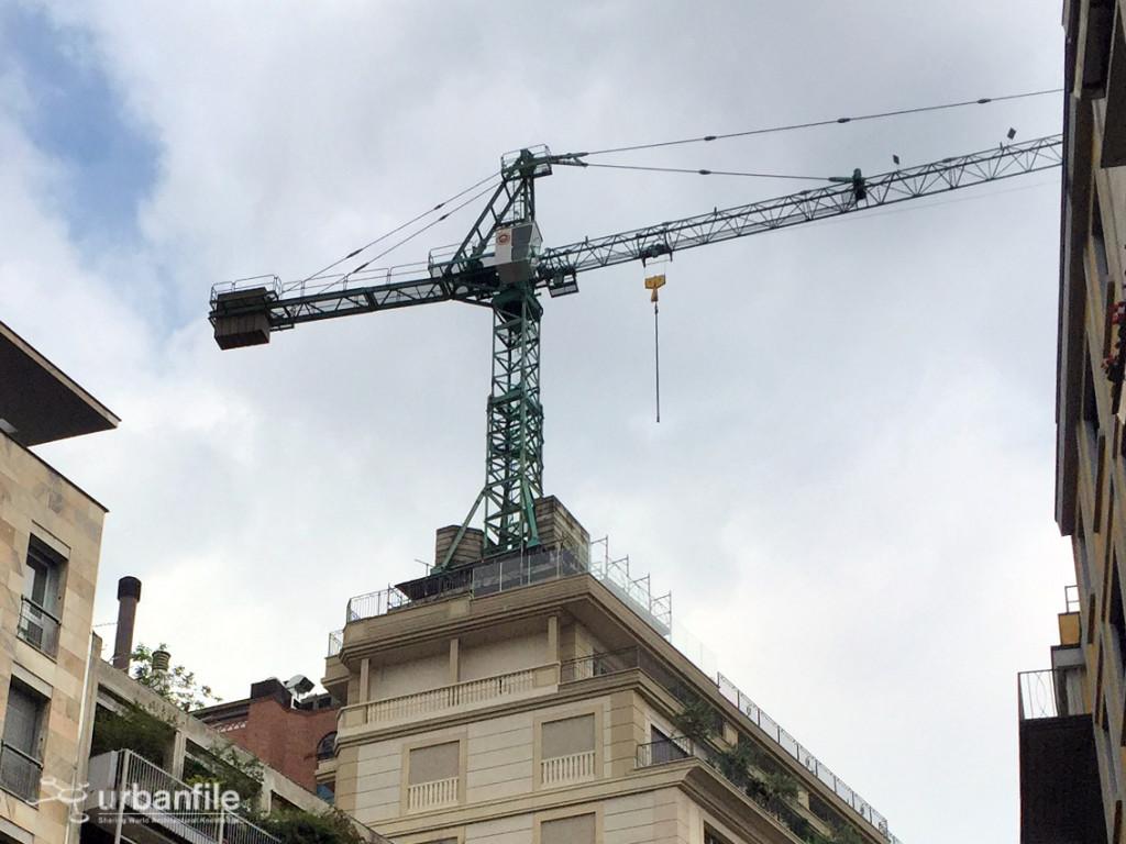 2016-06-11_Palazzo_Parigi_Gru_3
