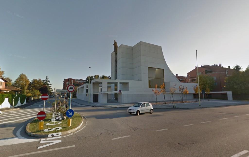 Chiesa_Santa_Gianna_Beretta_Molla_Trezzano_sul_Naviglio_1