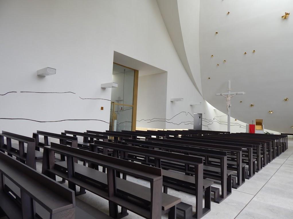 Chiesa_Santa_Gianna_Beretta_Molla_Trezzano_sul_Naviglio_16
