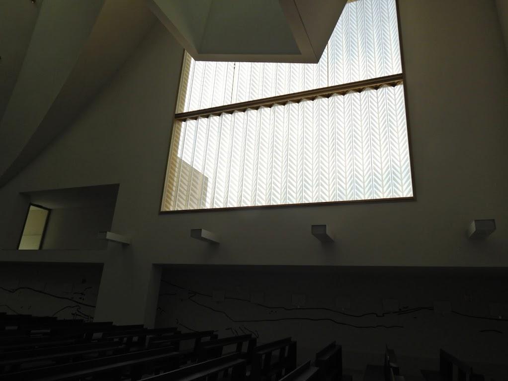 Chiesa_Santa_Gianna_Beretta_Molla_Trezzano_sul_Naviglio_17