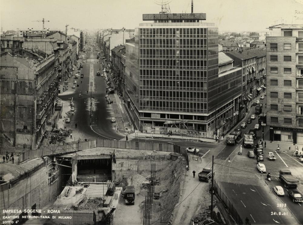Viale Monza 1961 Lavori a Loreto per la Metro